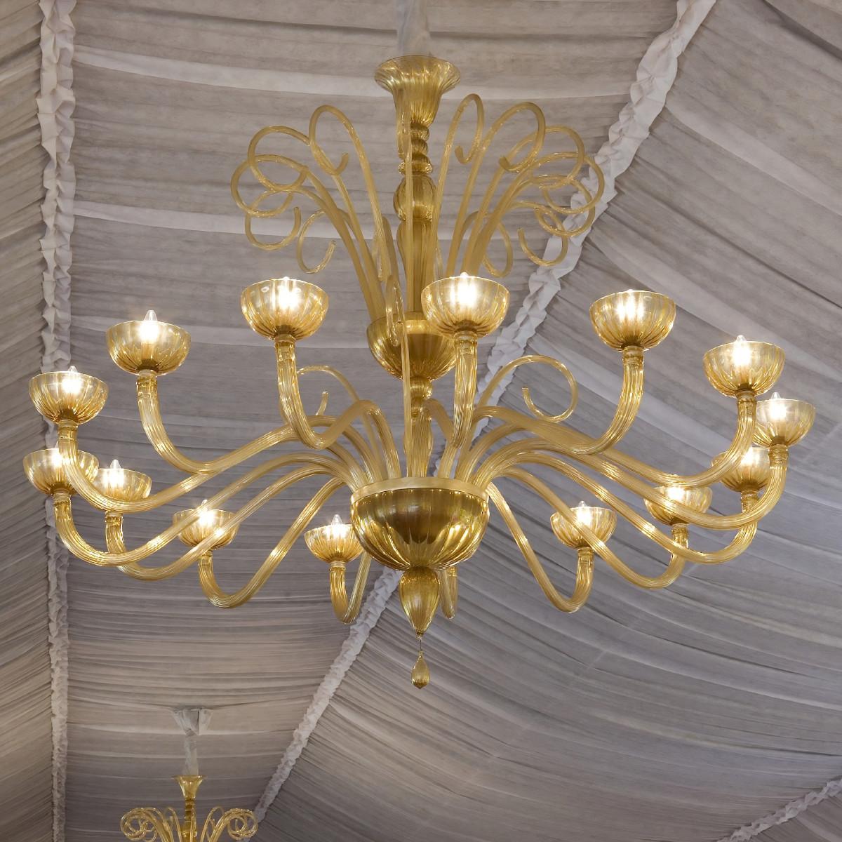 """Sinfonia"" lustre en verre de Murano 15 lumieres - ambre et or"