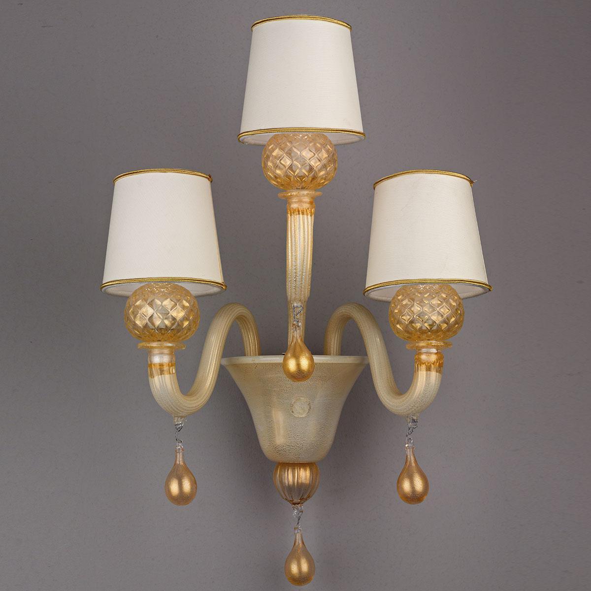 """""""Pegaso"""" lampara de araña de Murano - blanco y oro -"""