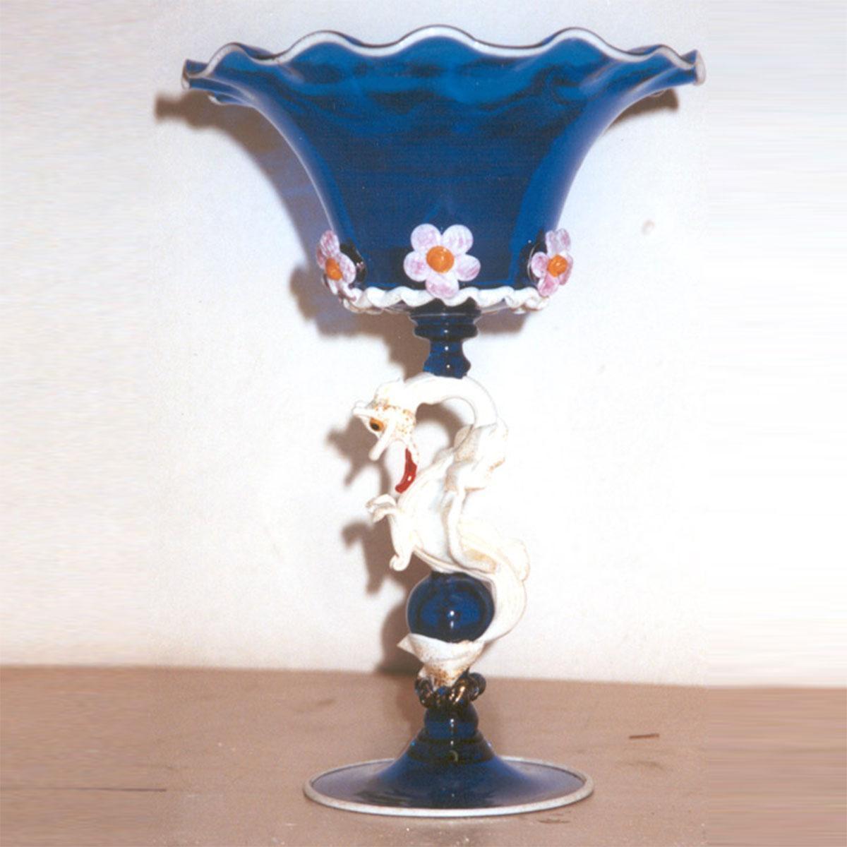 """""""Drago Bianco"""" bol sur le pied en verre de Murano - bleu"""
