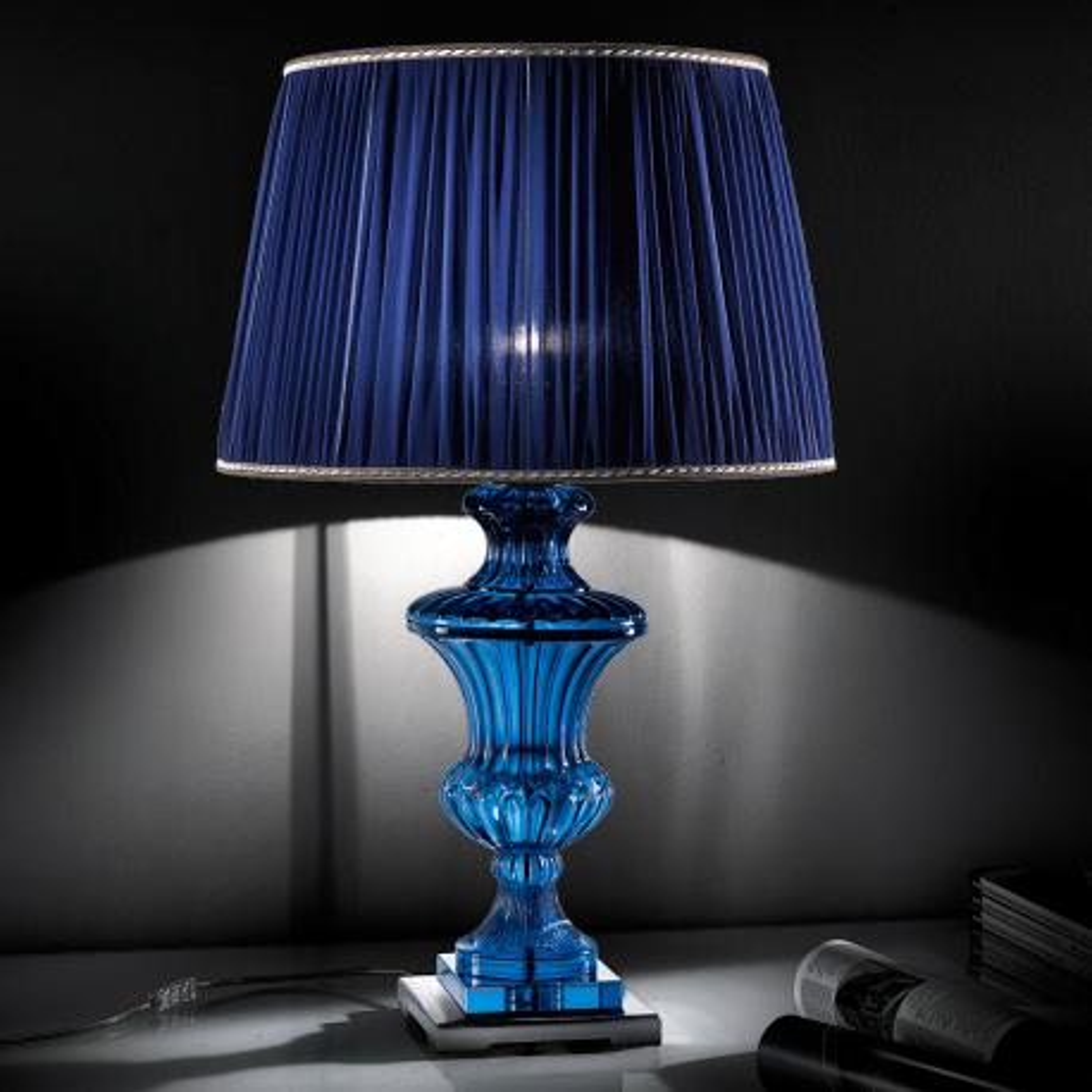 """Tintoretto"" venetian crystal table lamp - 1 light - blue"