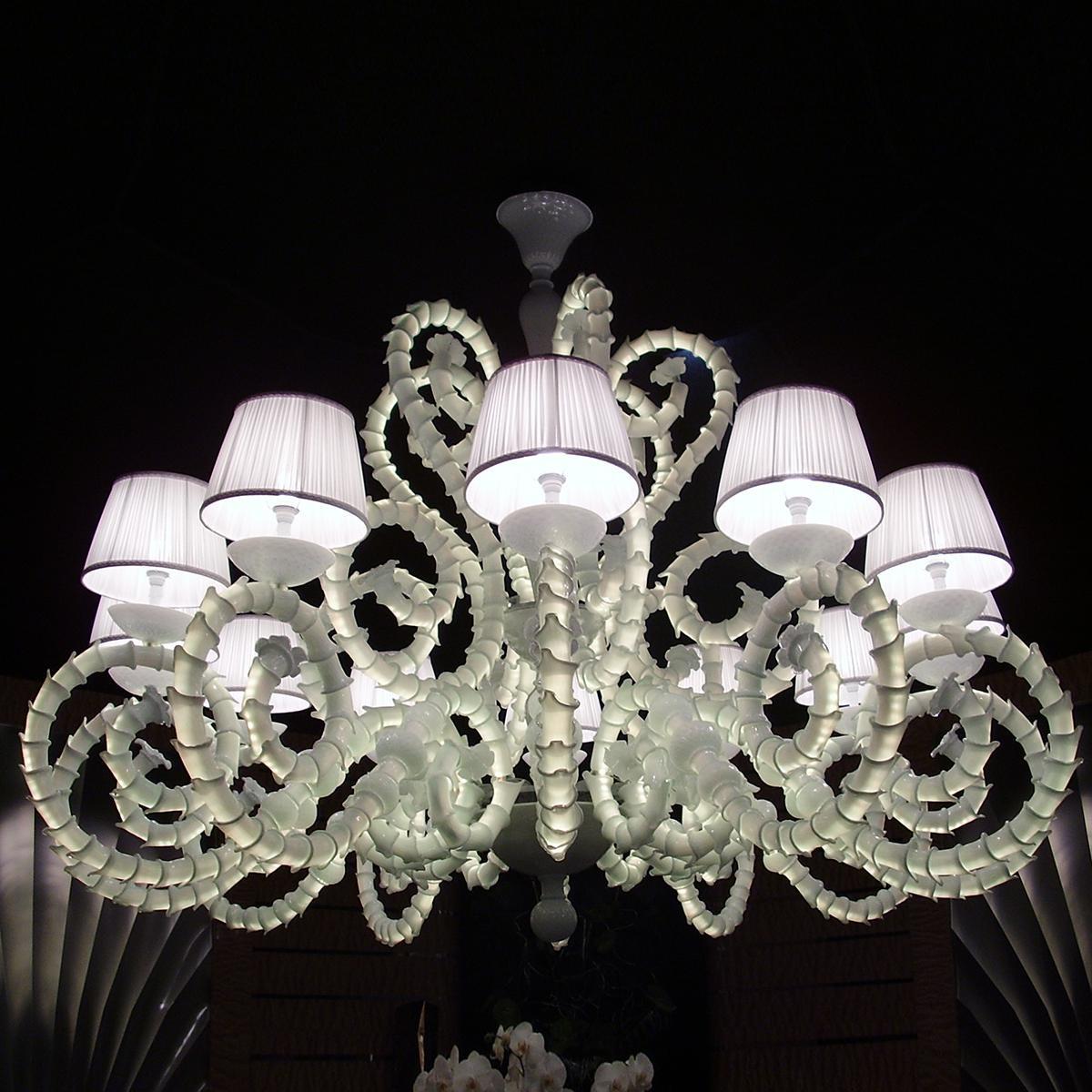 """""""Adelina"""" lampara de araña de Murano - 12 luces - blanco"""