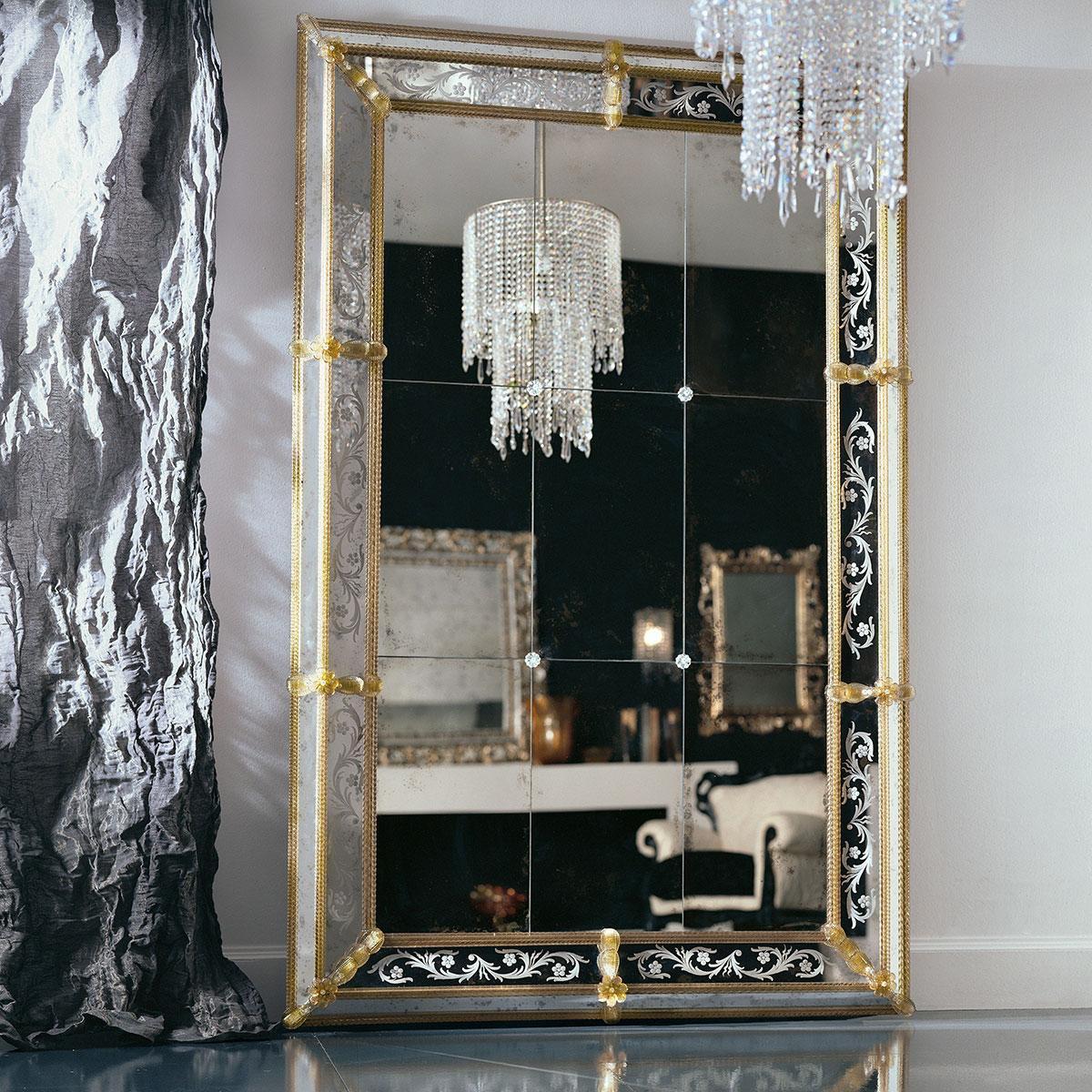 """Odetta"" espejo veneciano de cristal de Murano"